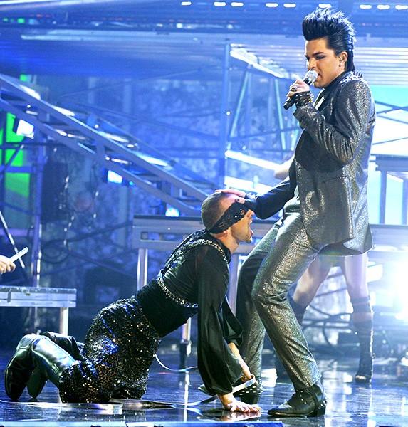 Adam Lambert in 2009