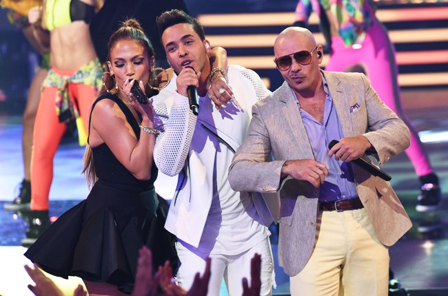 Jennifer Lopez, Prince Royce and Pitbull perform during the American Idol XIV season finale 2015