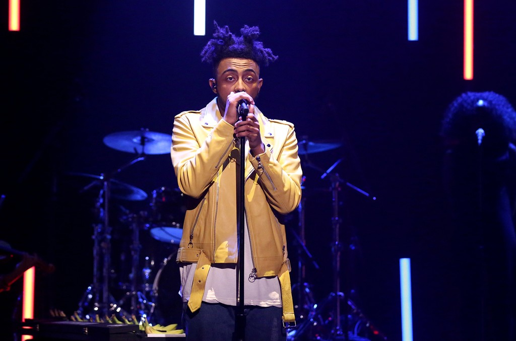 Amine performs on The Tonight Show Starring Jimmy Fallon