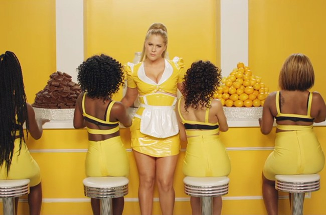 "Amy Schumer, ""Milk Milk Lemonade"" video"
