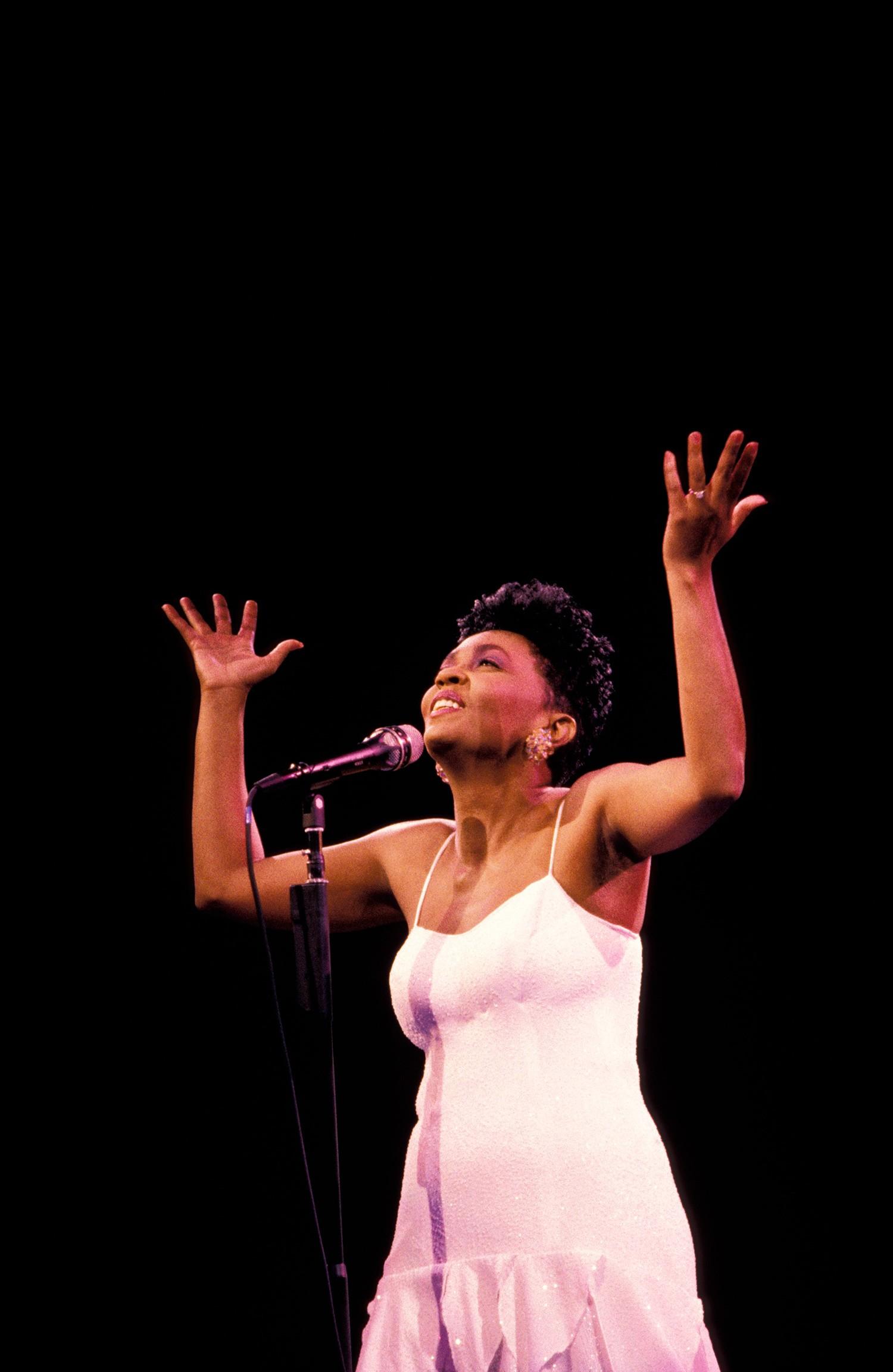 Anita Baker, 1988