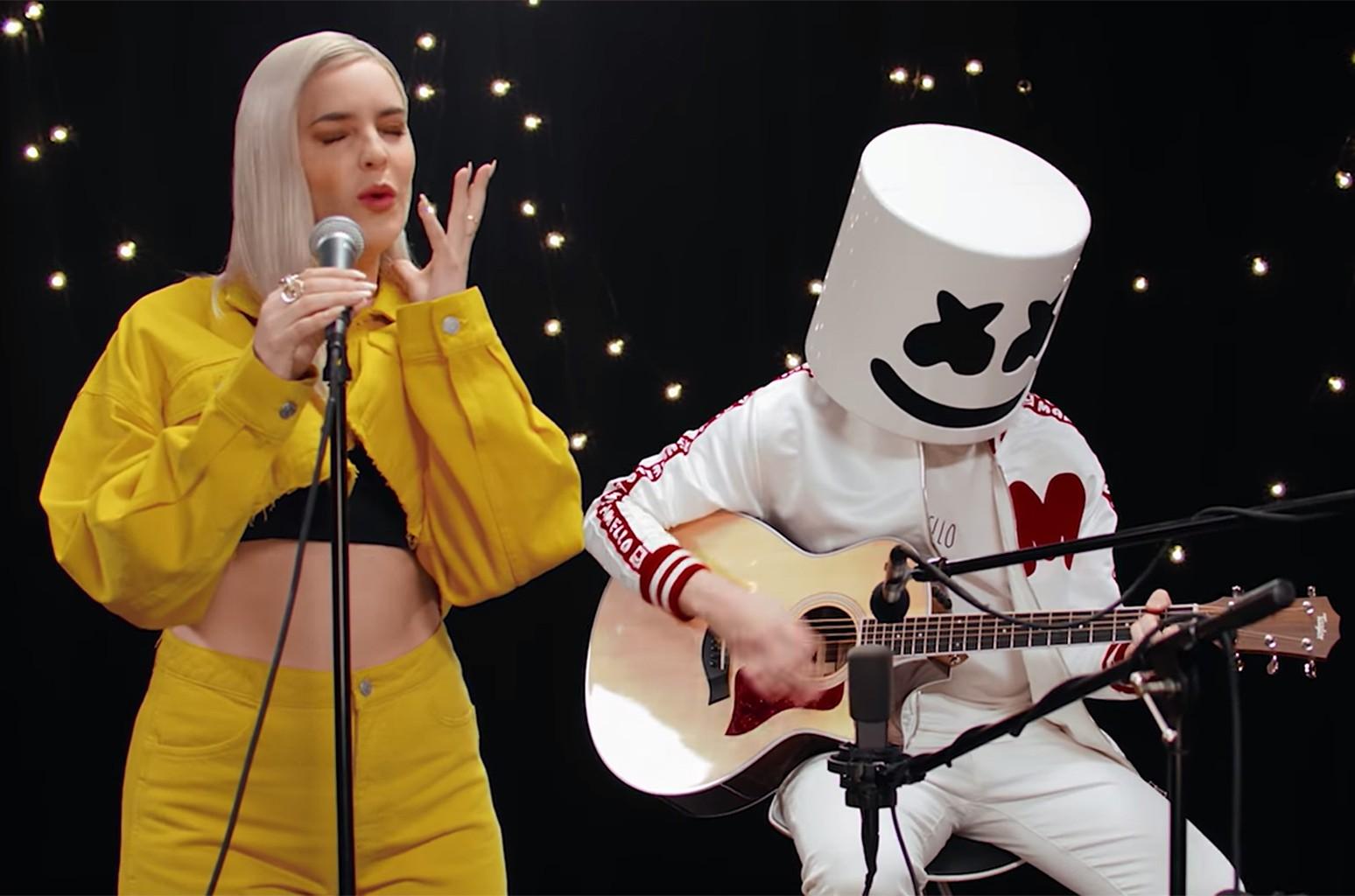 "Marshmello & Anne-Marie, ""FRIENDS"" (Acoustic Video)"