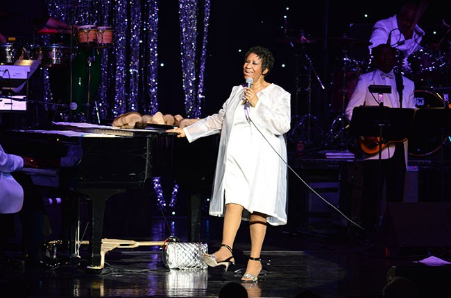 Ms. Aretha Franklin rocks the crowd at DTE Energy Music Theatre