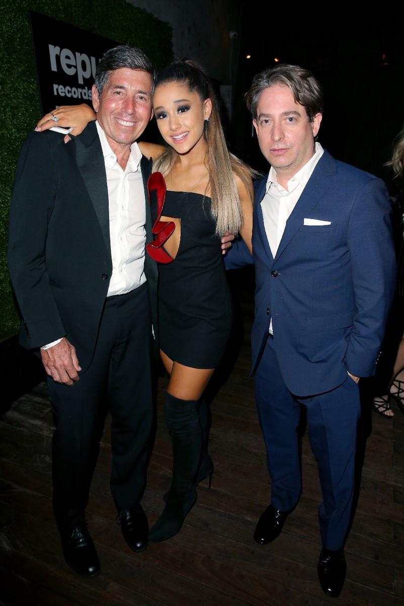Ariana Grande Charlie Walk