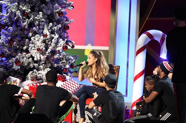 Ariana Grande, A Very Grammy Christmas