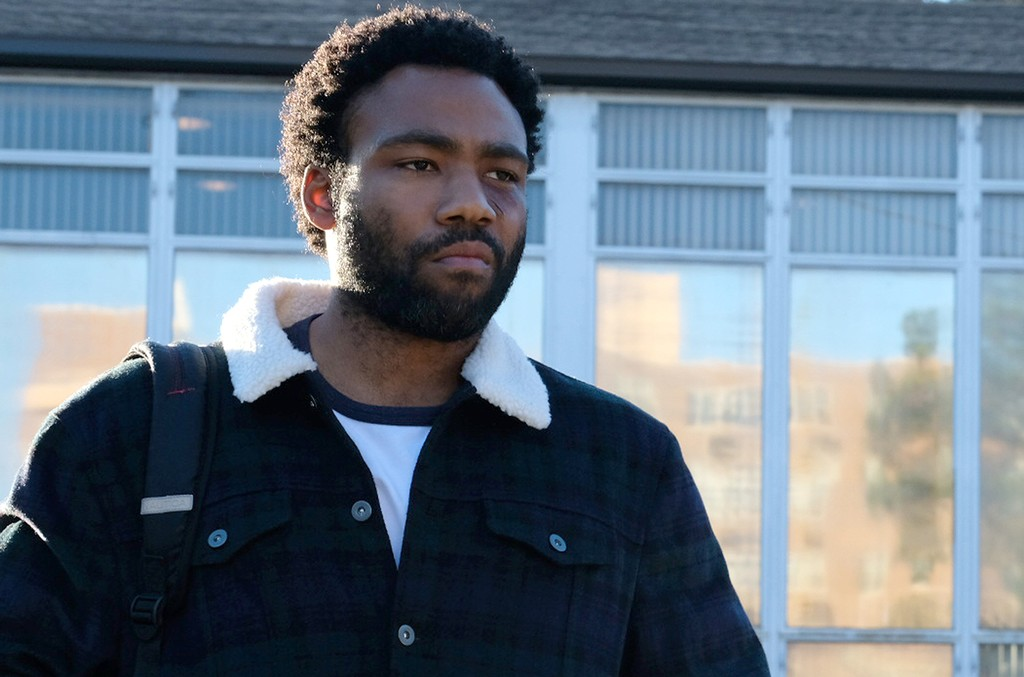 """Donald Glover as Earnest Marks in """"Crabs in a Barrel"""" on Atlanta."""