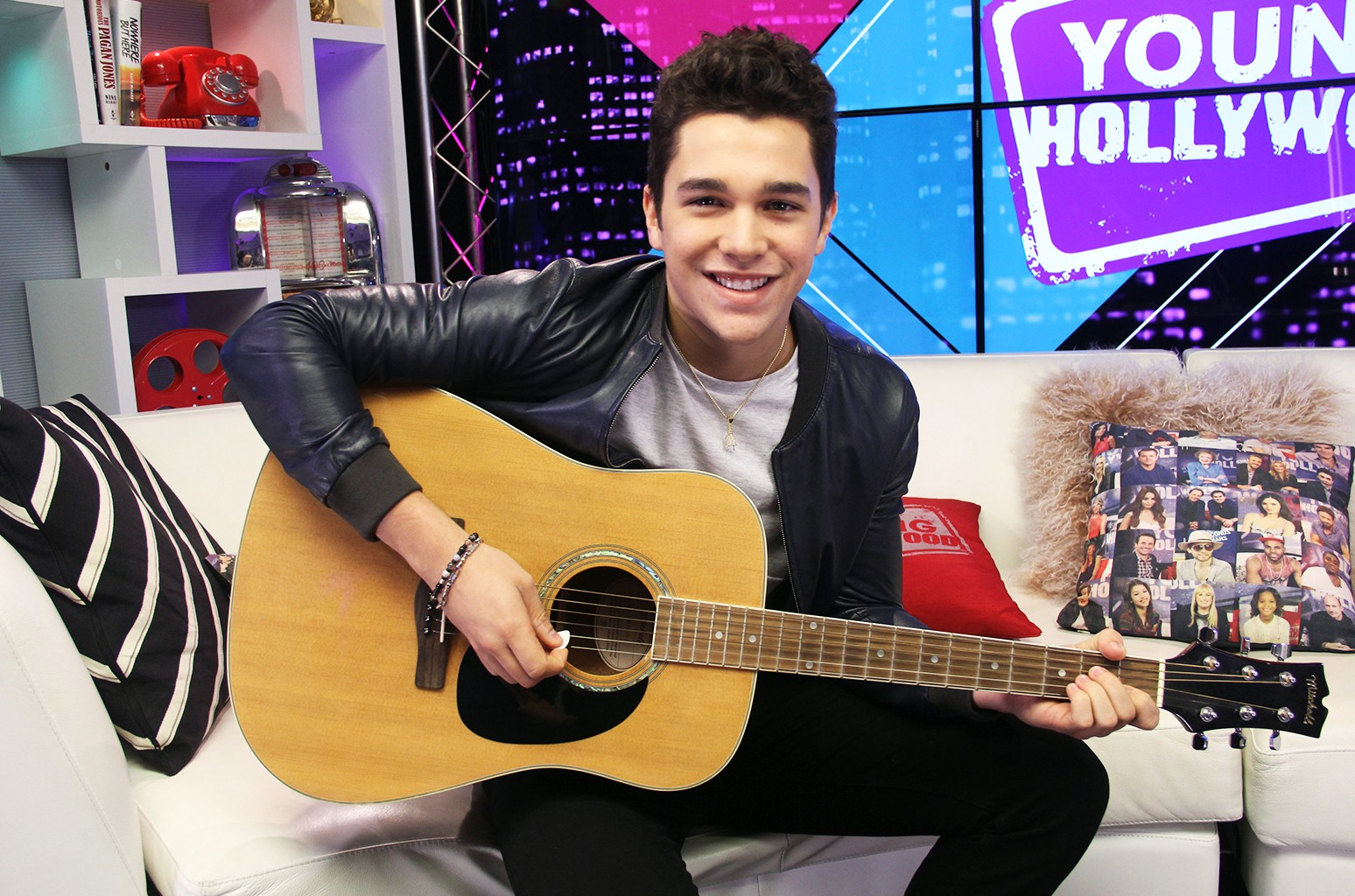 Austin Mahone visits the Young Hollywood Studio on Feb. 10, 2016 in Los Angeles.