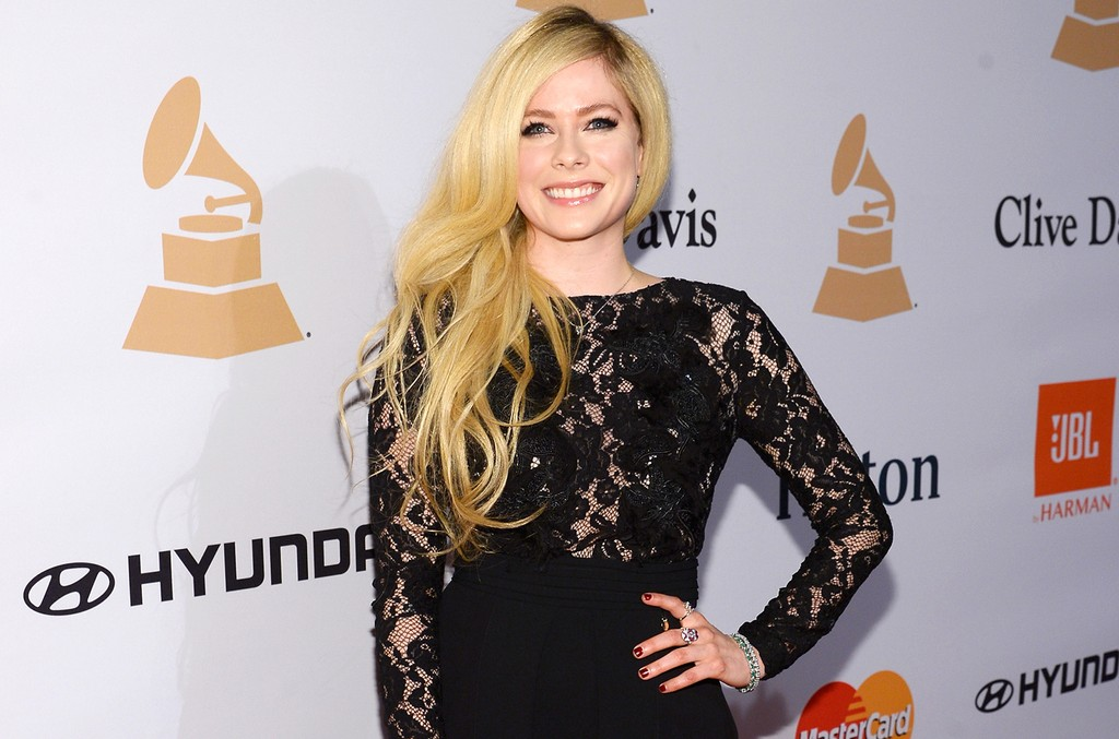 Avril Lavigne in 2016