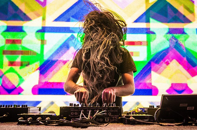 bassnectar-cr-alive-coverage-taylor-wallace-billboard-650