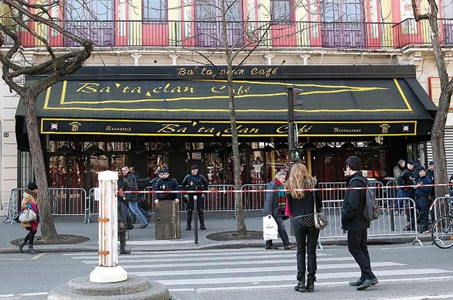 bataclan-paris-exterior-march-2016-billboard-650