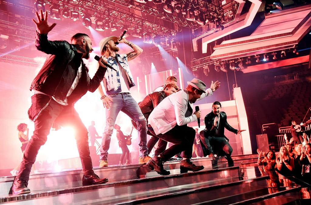 Florida Georgia Line & Backstreet Boys, 2017