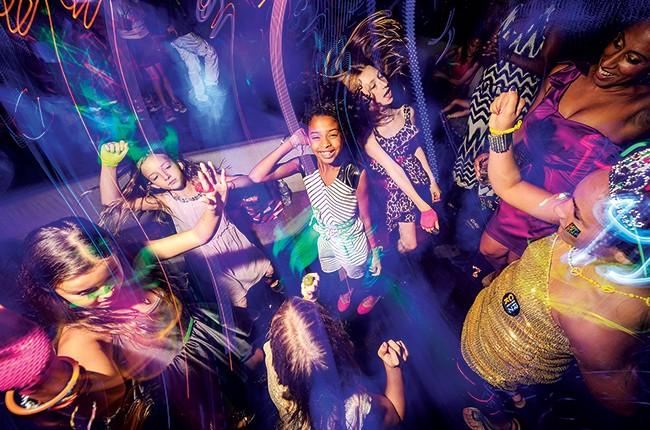Scene from CirKiz's Kiddie raves