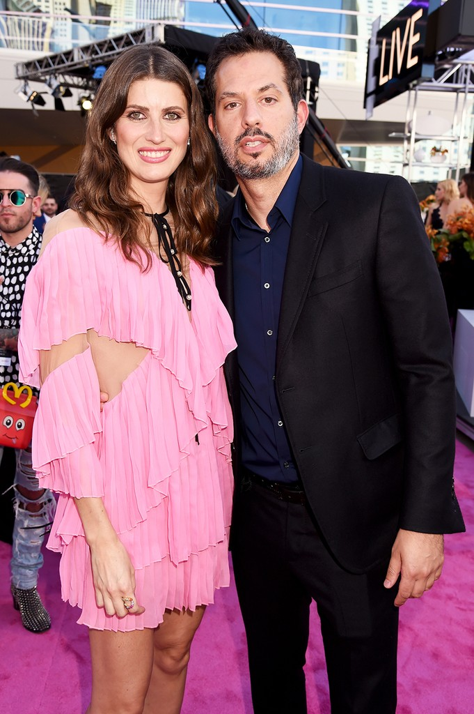 Michelle Alves & Guy Oseary