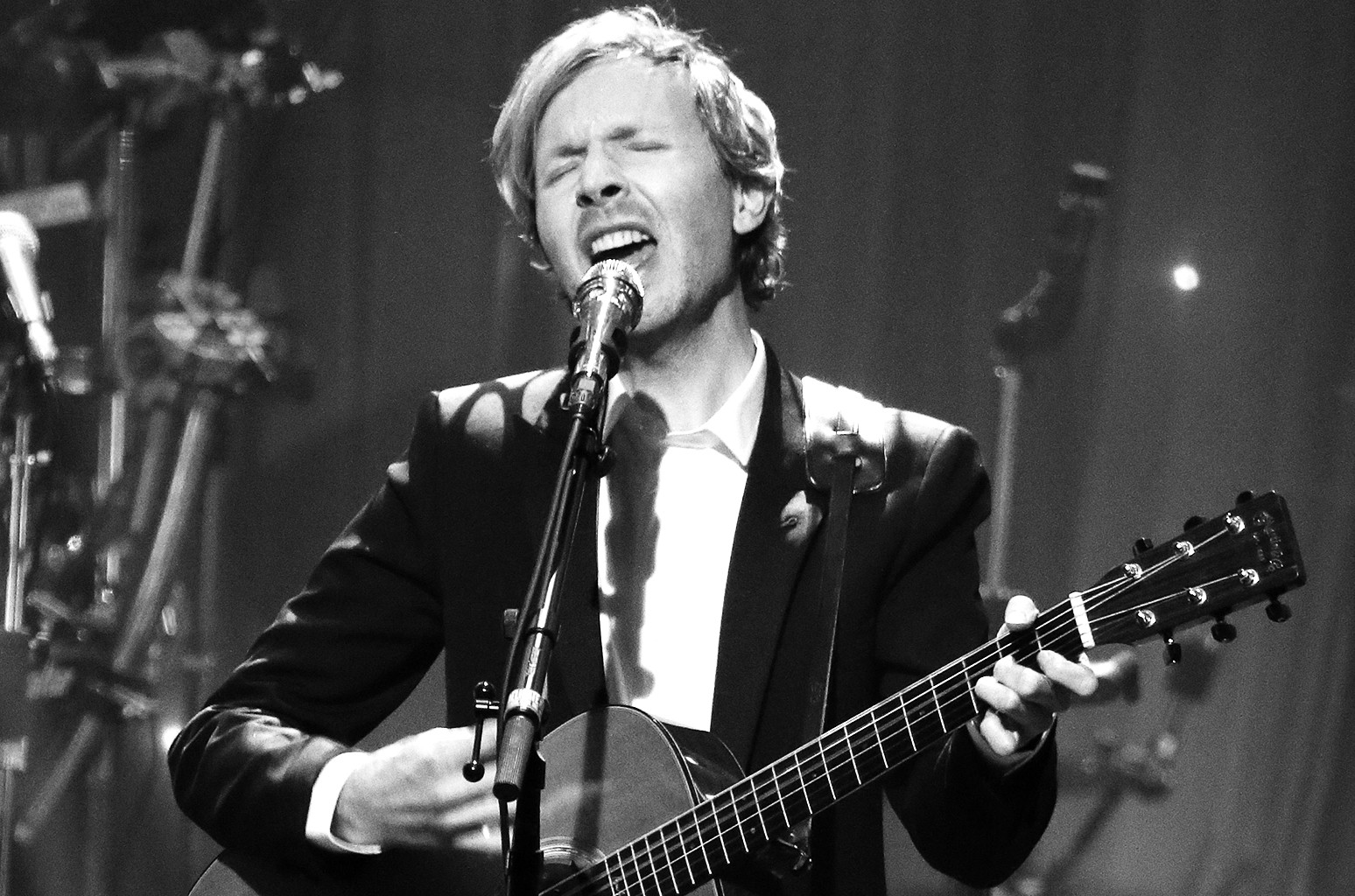Beck performs onstage during the 2016 Pre-Grammy Gala and Salute
