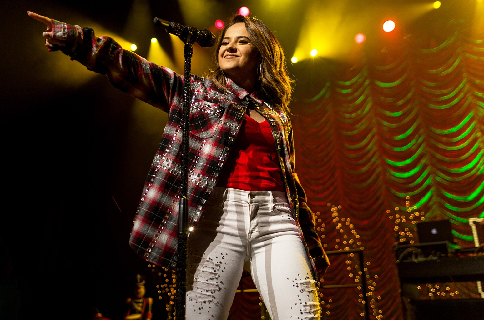 Becky G performs in 2015