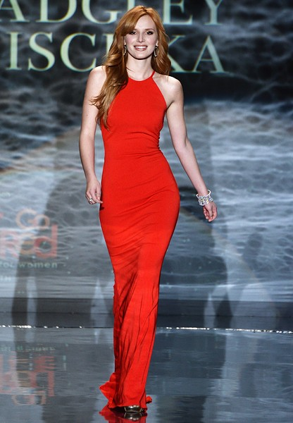 bella-thorne-red-dress-event-nyfw-fall2014-600