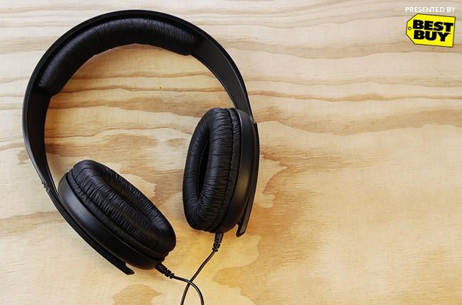 best-buy-headphones-billboard-650