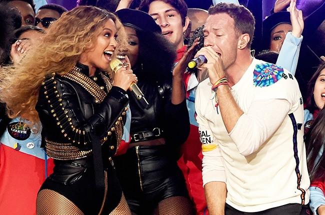 Beyonce and Chris Martin 2016 Super Bowl