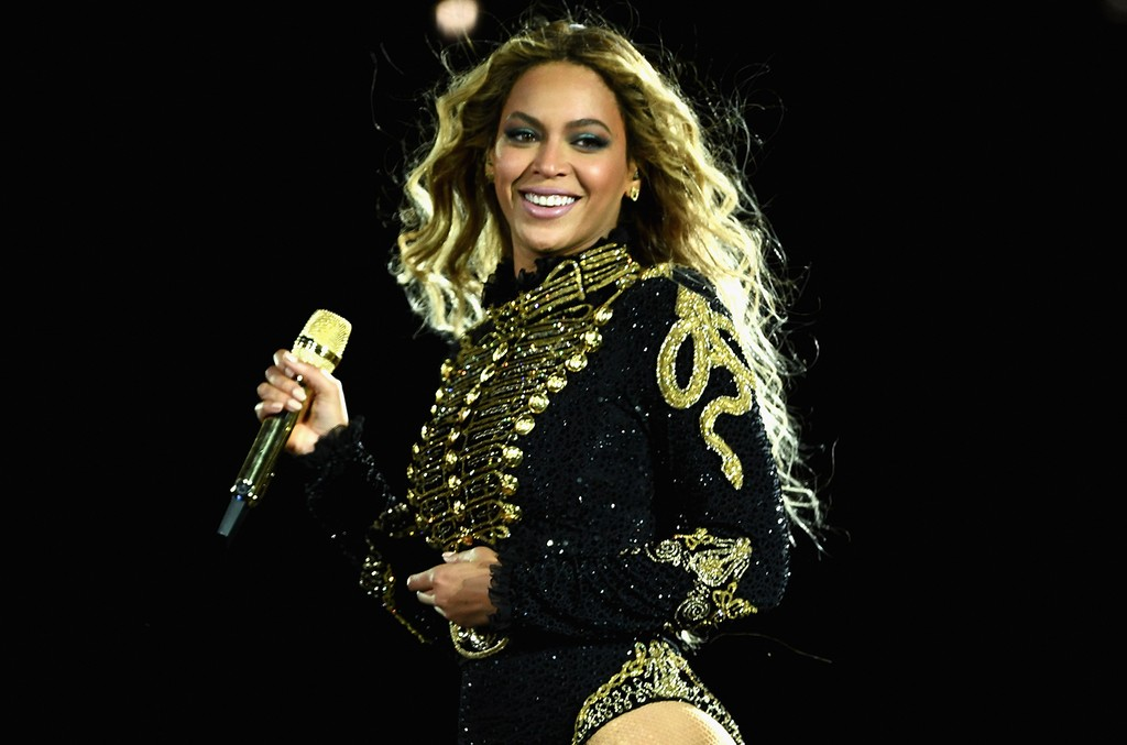 """Beyonce performs during """"The Formation World Tour"""""""