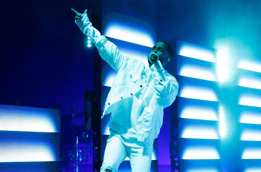 """Big Sean performs during the """"I Decided"""" tour at Radio City Music Hall on April 11, 2017 in New York City."""