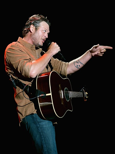 Blake Shelton performs onstage during day 1 of the Big Barrel Country Music Festival