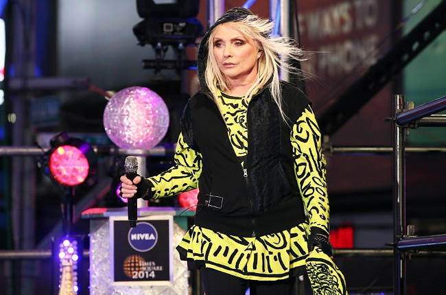 blondie-debbie-harry-dick-clark-rocking-nye-2014-650-430