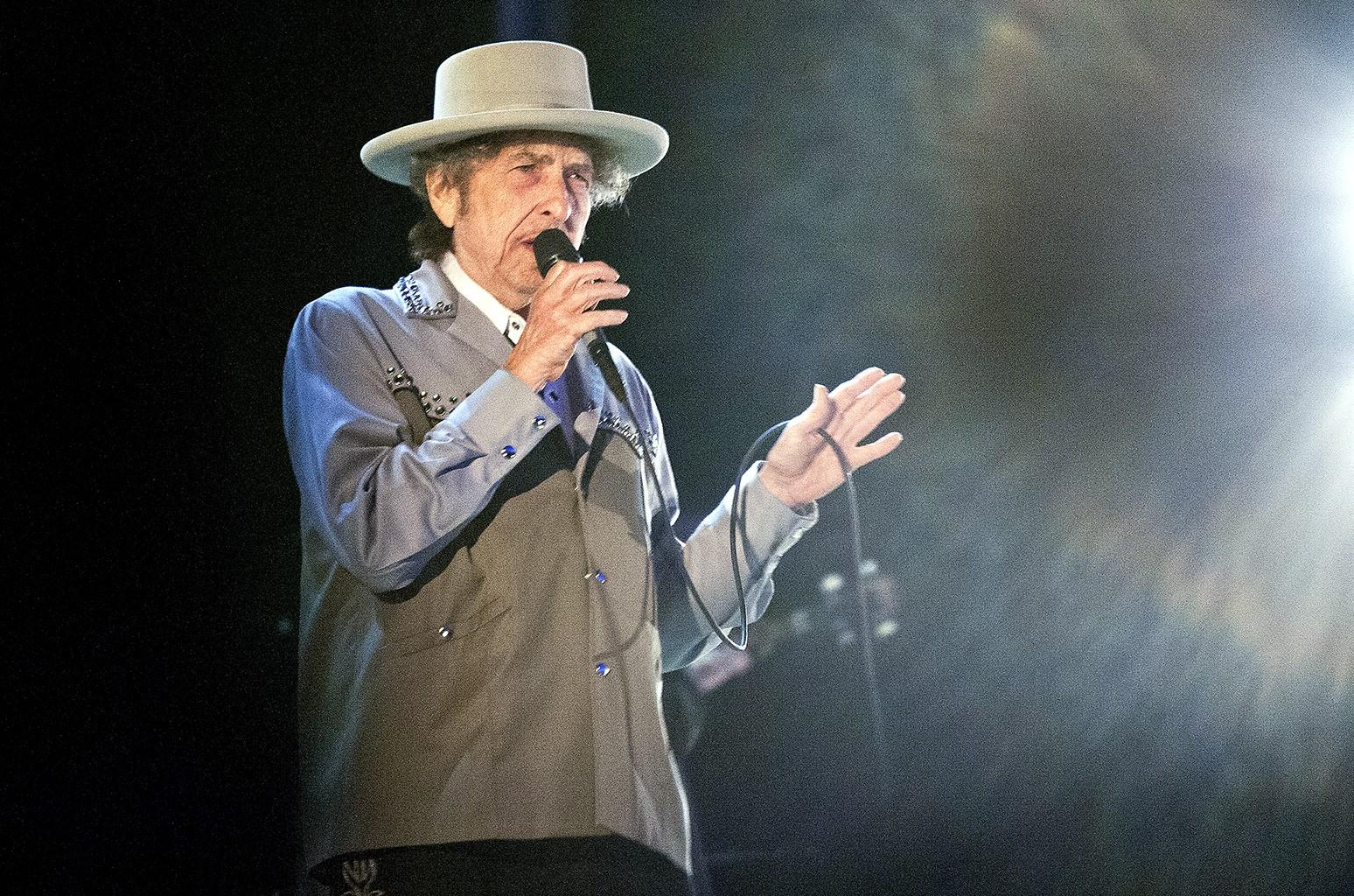 Bob Dylan performs at Bayfront Festival Park