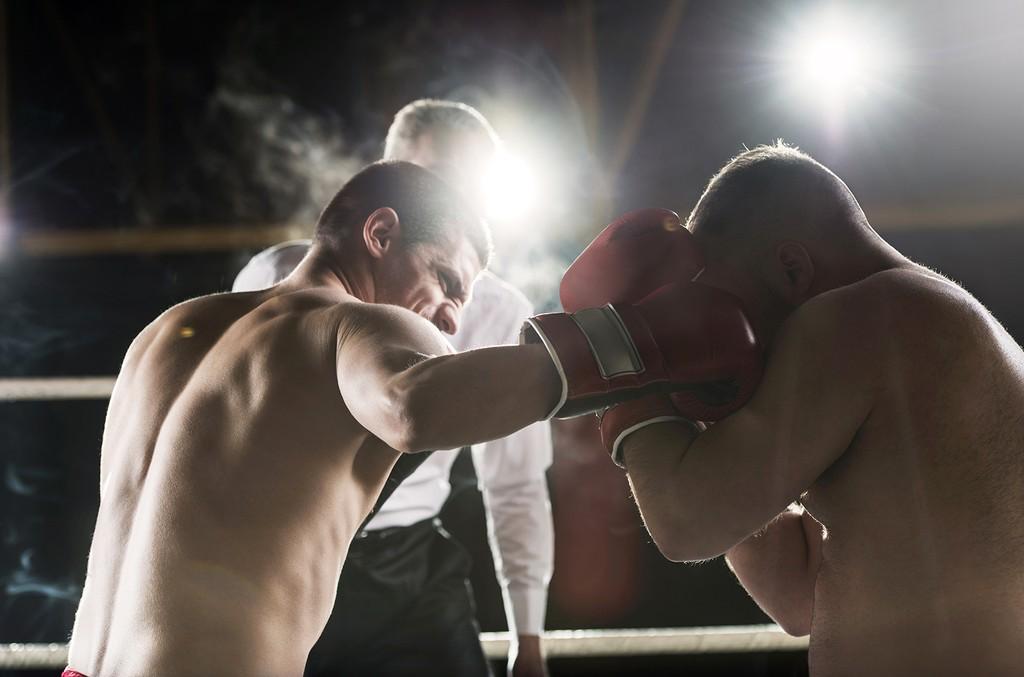 Boxers fighting