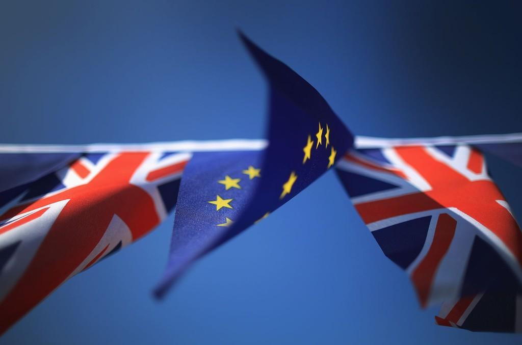 brexit-flags-small-2016-billboard-1548