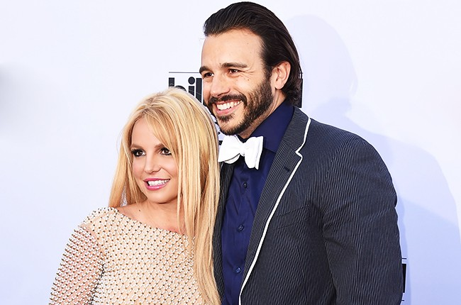 Britney Spears and Charlie Ebersol arrives at the 2015 Billboard Music Awards at MGM Garden Arena on May 17, 2015 in Las Vegas, Nevada.  (Photo by