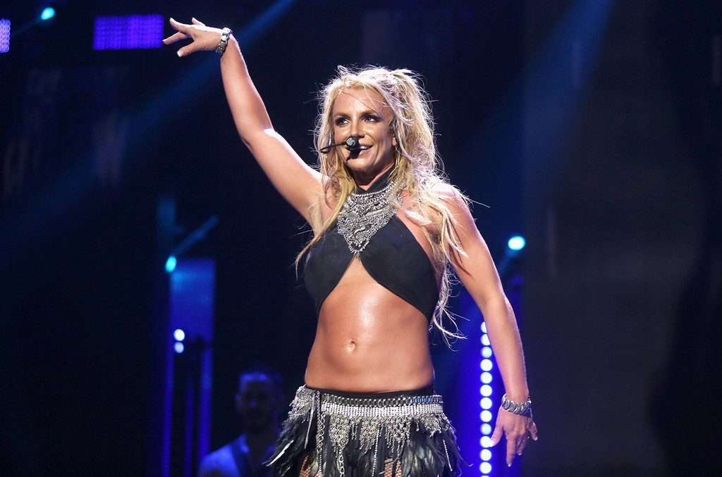 Britney Spears performs at the 2016 iHeartRadio Music Festival