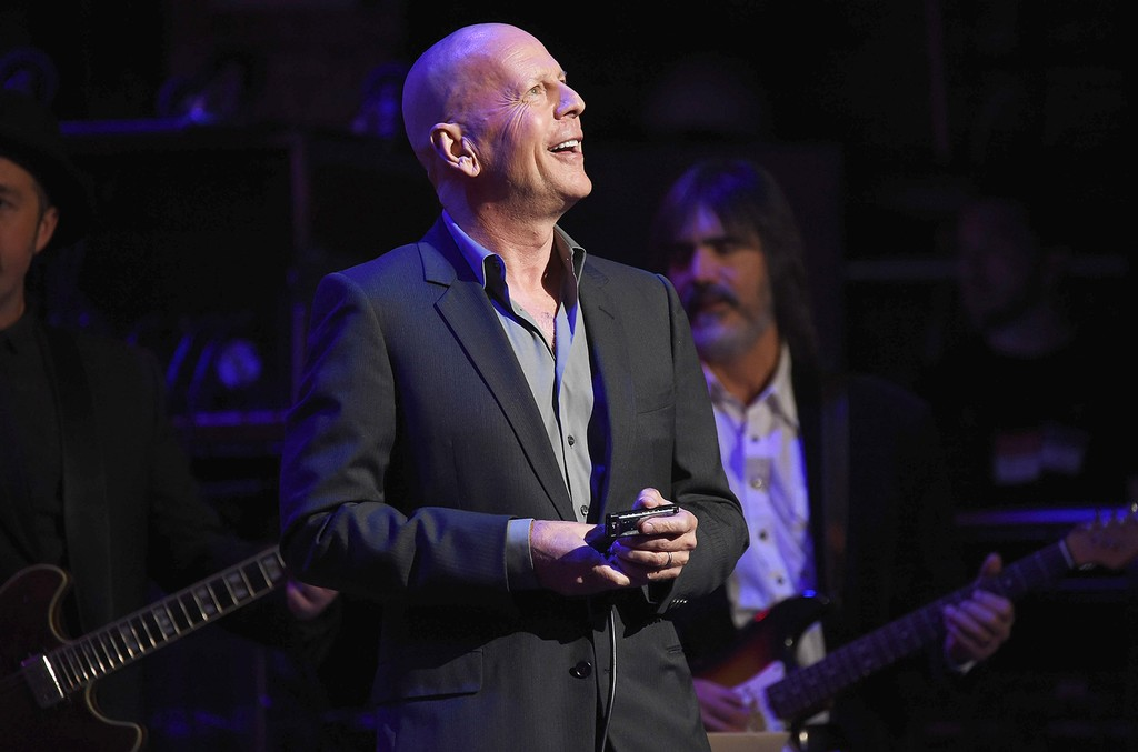 """Bruce Willis performs during """"Love Rocks NYC! A Change is Gonna Come: Celebrating Songs of Peace, Love and Hope"""" A Benefit Concert for God's Love We Deliver at the Beacon Theatre on March 9, 2017 in New York City."""