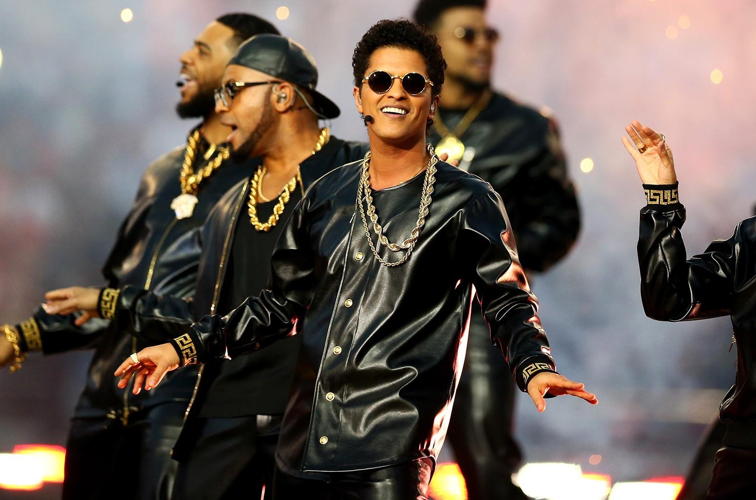 Bruno Mars in 2016