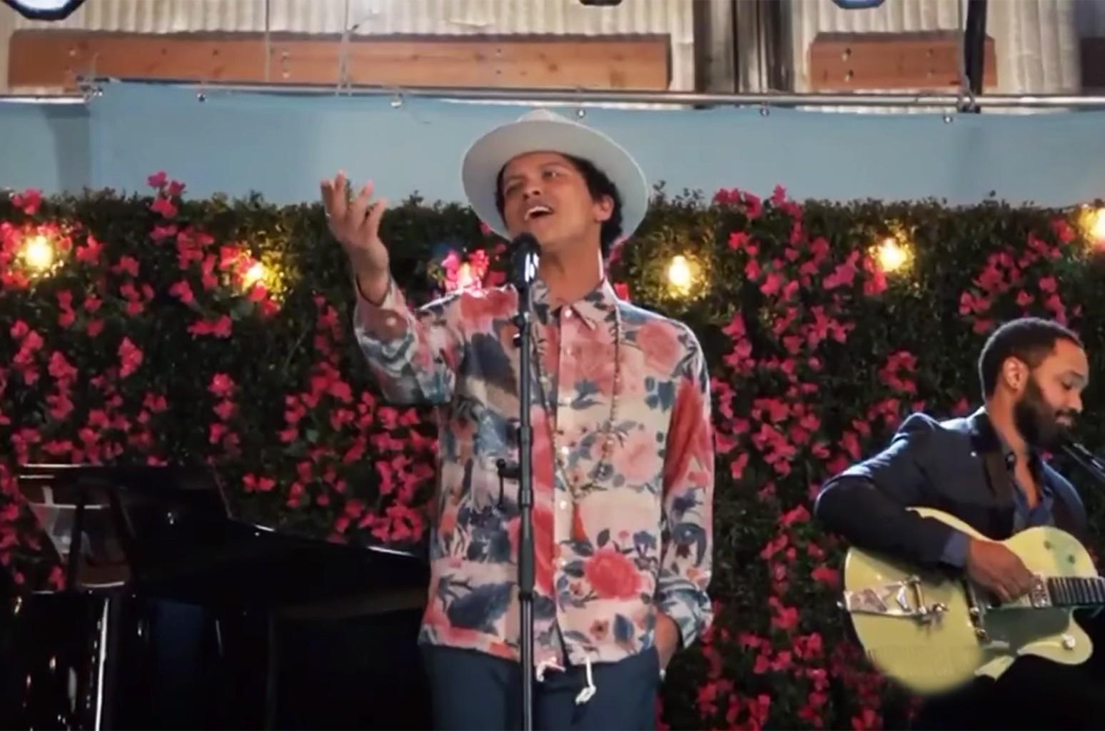 Bruno Mars on Jane the Virgin