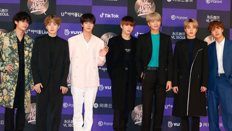 here are the deets of bts s sleek fits at the 2020 golden disc awards billboard 2020 golden disc awards
