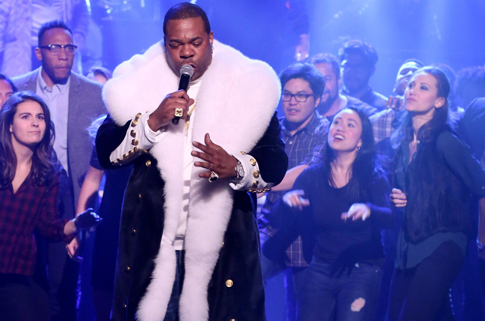 """Busta Rhymes performs a piece from """"The Hamilton Mixtape"""" on The Tonight Show Starring Jimmy Fallon on Dec. 5, 2016"""