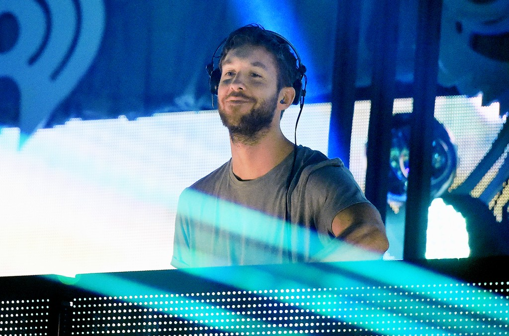 Calvin Harris performs onstage during Q102's Jingle Ball 2015