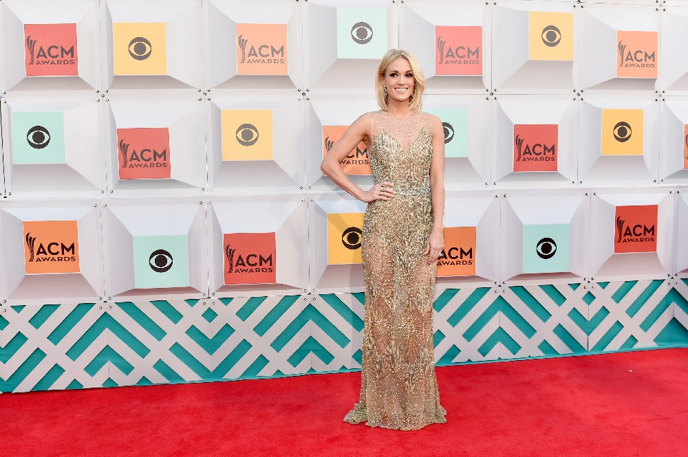 Carrie Underwood ACM 2016