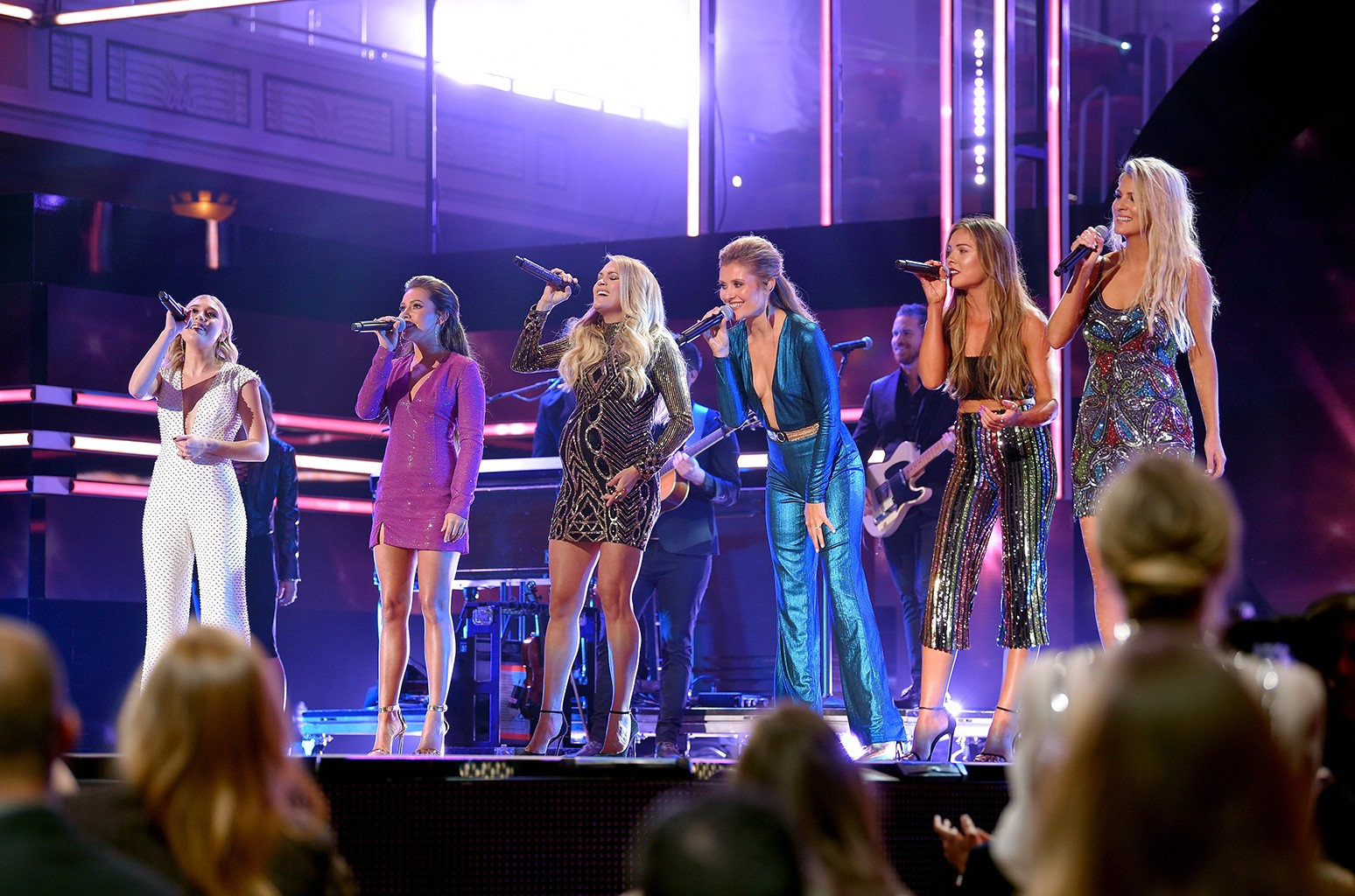 Maddie and Tae, Carrie Underwood, Hannah Mulholland, Naomi Cooke and Jennifer Wayne