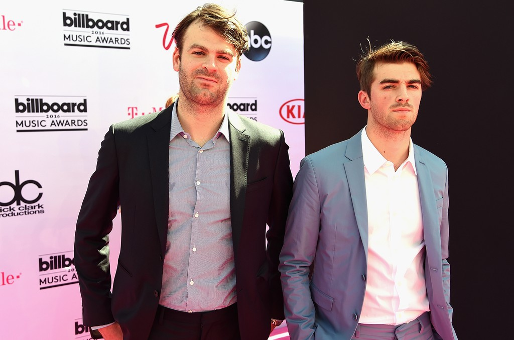 The Chainsmokers at the 2016 Billboard Music Awards