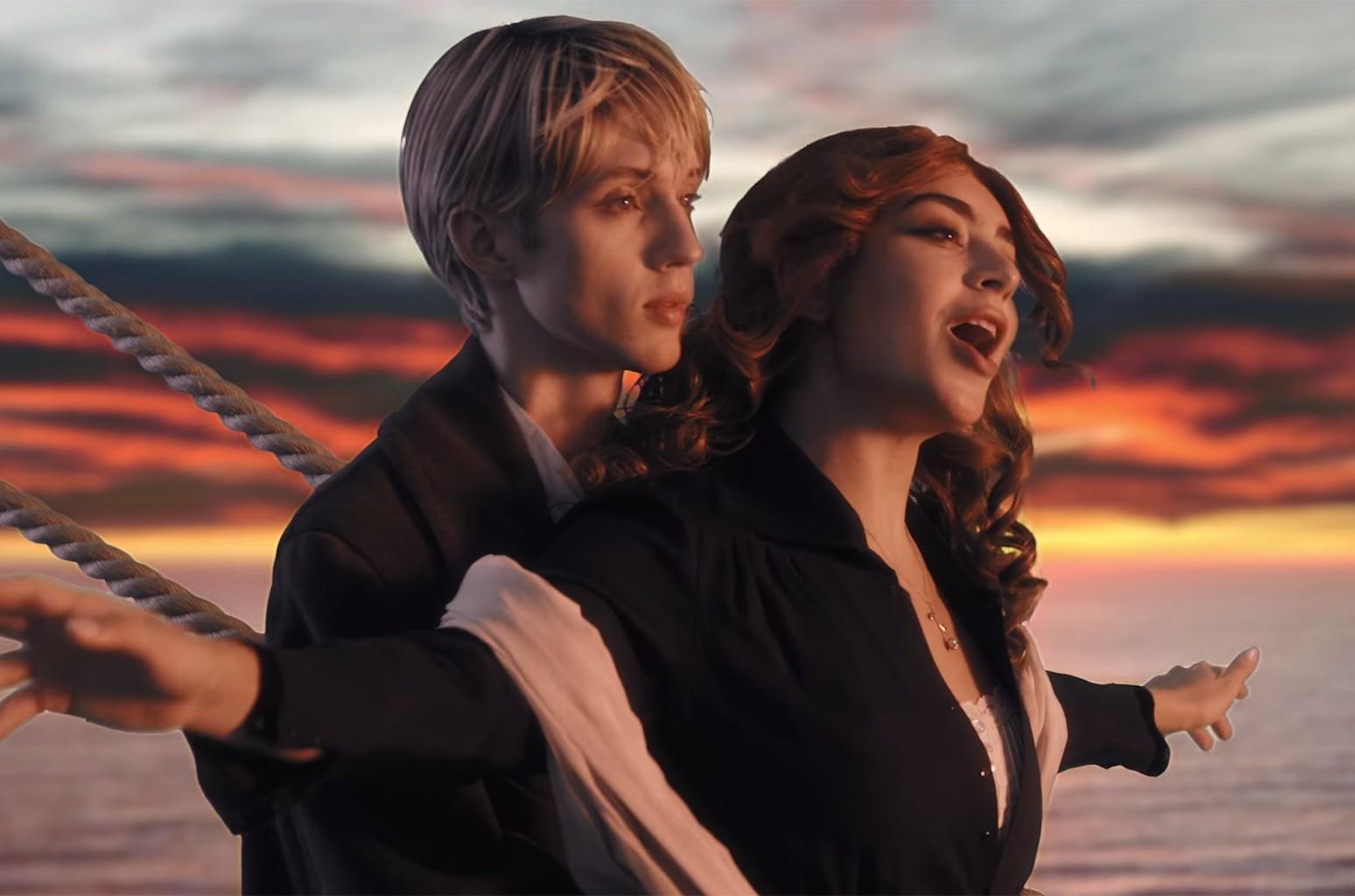 """Charli XCX & Troye Sivan, """"1999"""""""