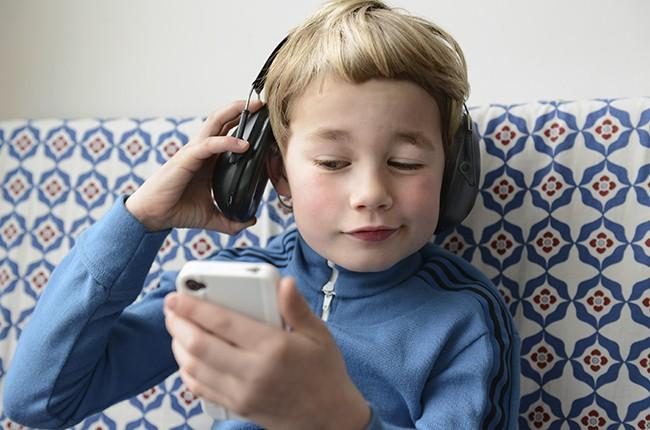 Biz Billboard Headphones Child Music