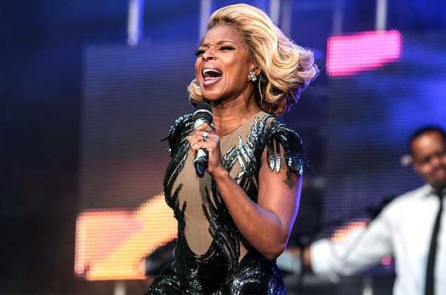 chime-for-a-change-mary-j-blige-2-650-430