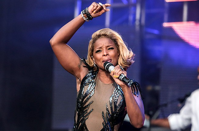 chime-for-a-change-mary-j-blige-650-430