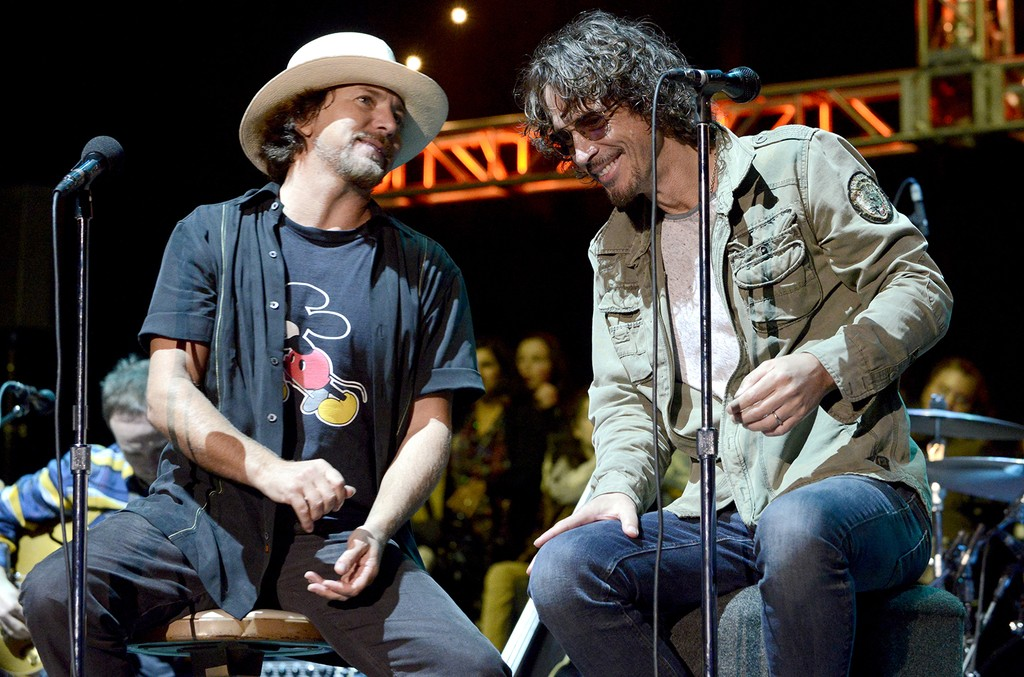 Eddie Vedder (L) of Pearl Jam and Chris Cornell perform during the 28th annual Bridge School Benefit at Shoreline Amphitheatre on Oct. 26, 2014 in Mountain View, Calif.