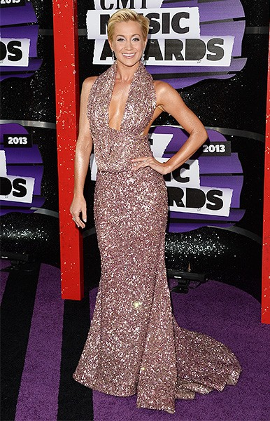cmt-awards-2013-best-dressed-kellie-pickler-600