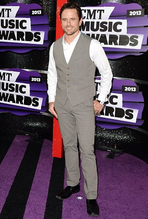 cmt-awards-2013-charles-esten-430