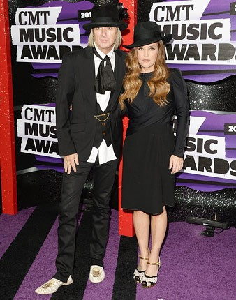 cmt-awards-2013-lisa-marie-presley-430