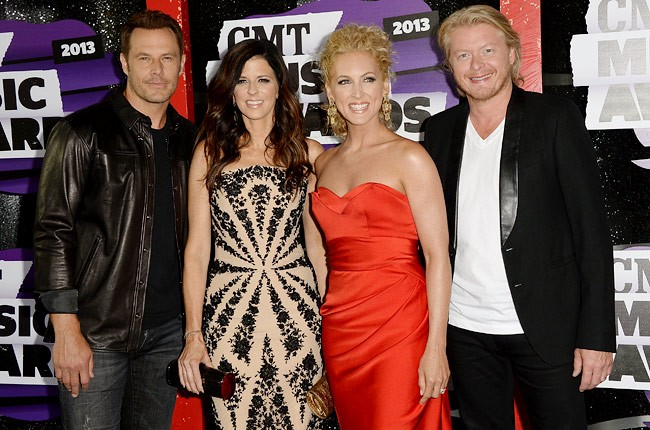 cmt-awards-2013-little-big-town-650-430