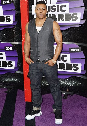 cmt-awards-2013-nelly-430